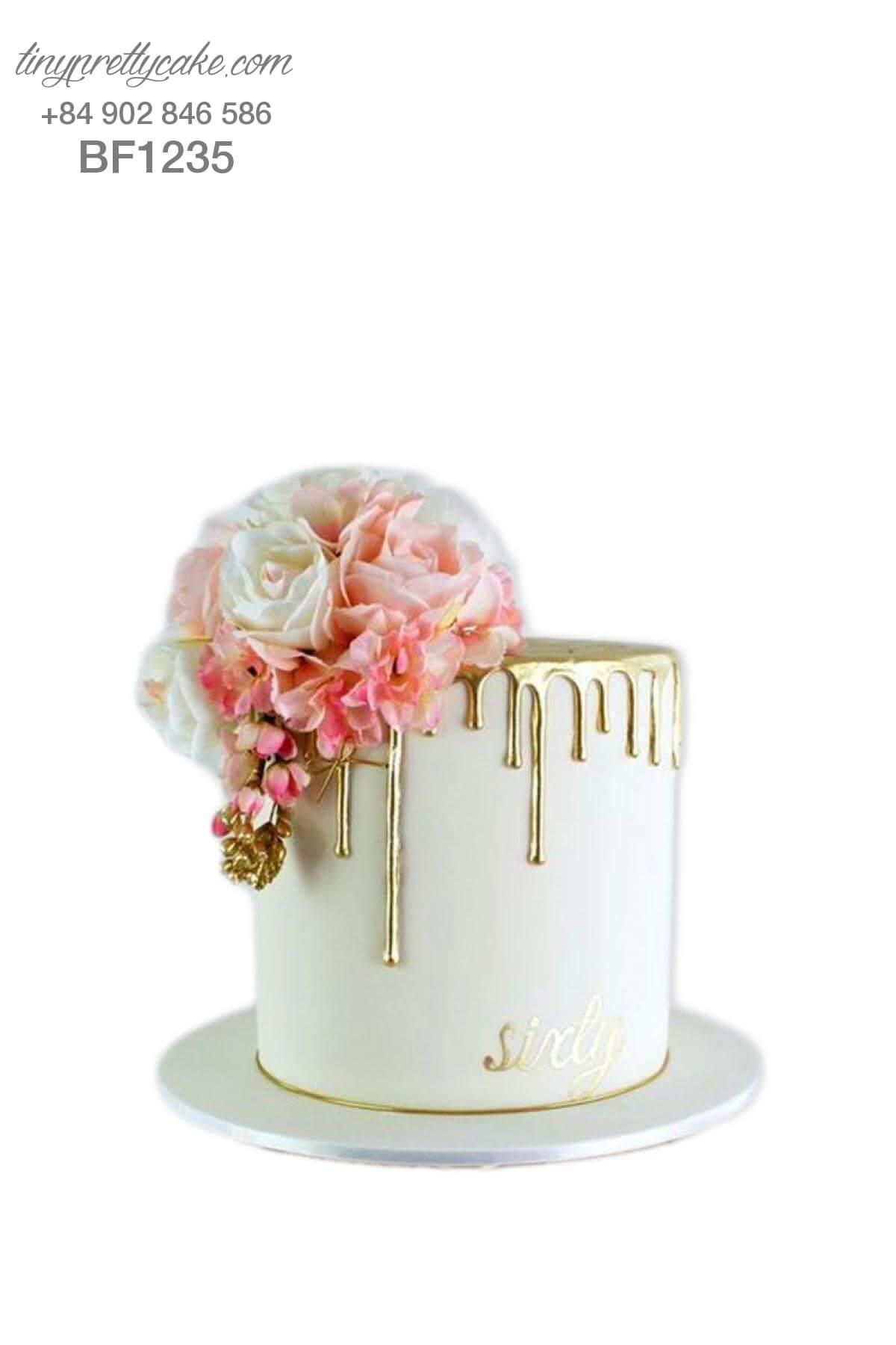 bánh gato hoa hồng tinh tế cho phụ nữ
