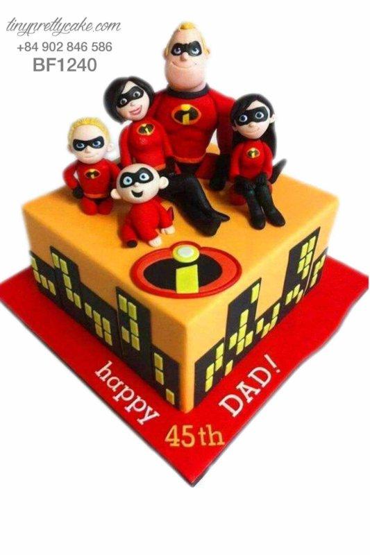 Bánh gato sinh nhật tạo hình gia đình siêu nhân