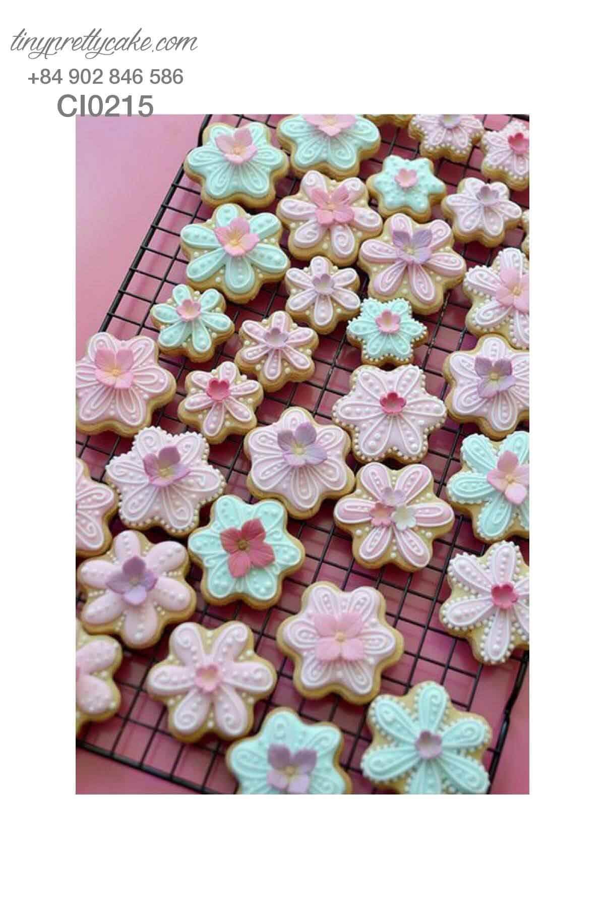 bánh cookie hoa màu sắc nhẹ nhàng