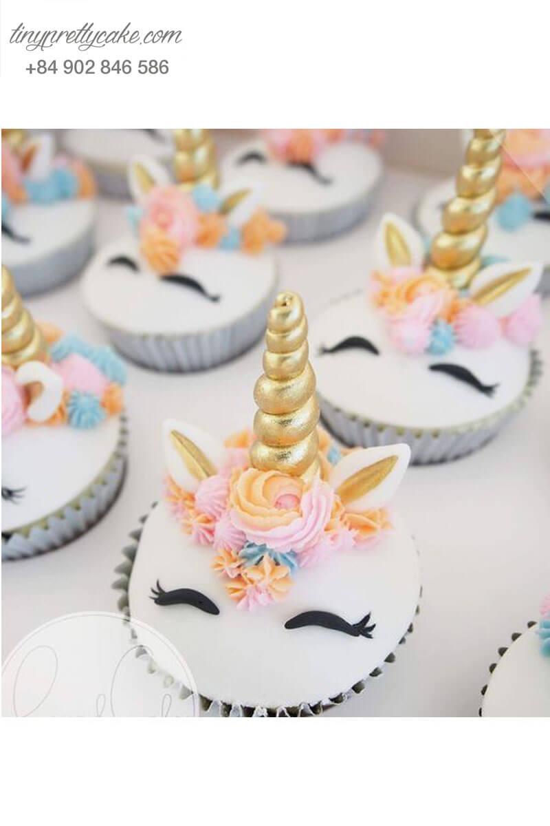 Cupcake Unicorn cực đáng yêu mừng sinh nhật cho các bé gái