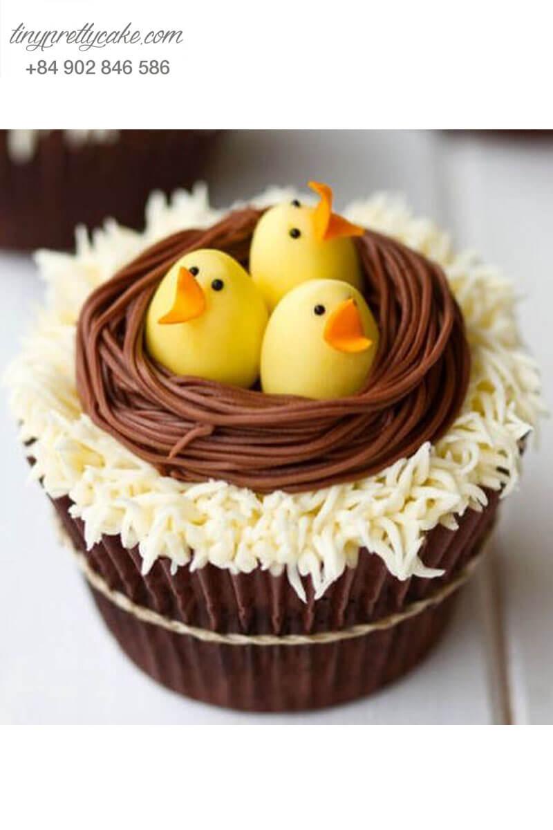 Bánh Cupcake hình ổ gà và các chú gà con xinh xắn mừng sinh nhật cho các bé