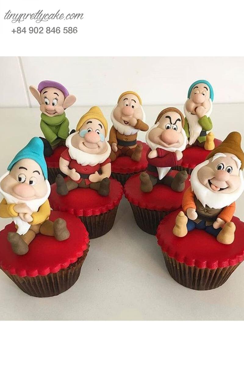 Set cupcake 7 chú lùn ngộ nghĩnh mừng sinh nhật các bé