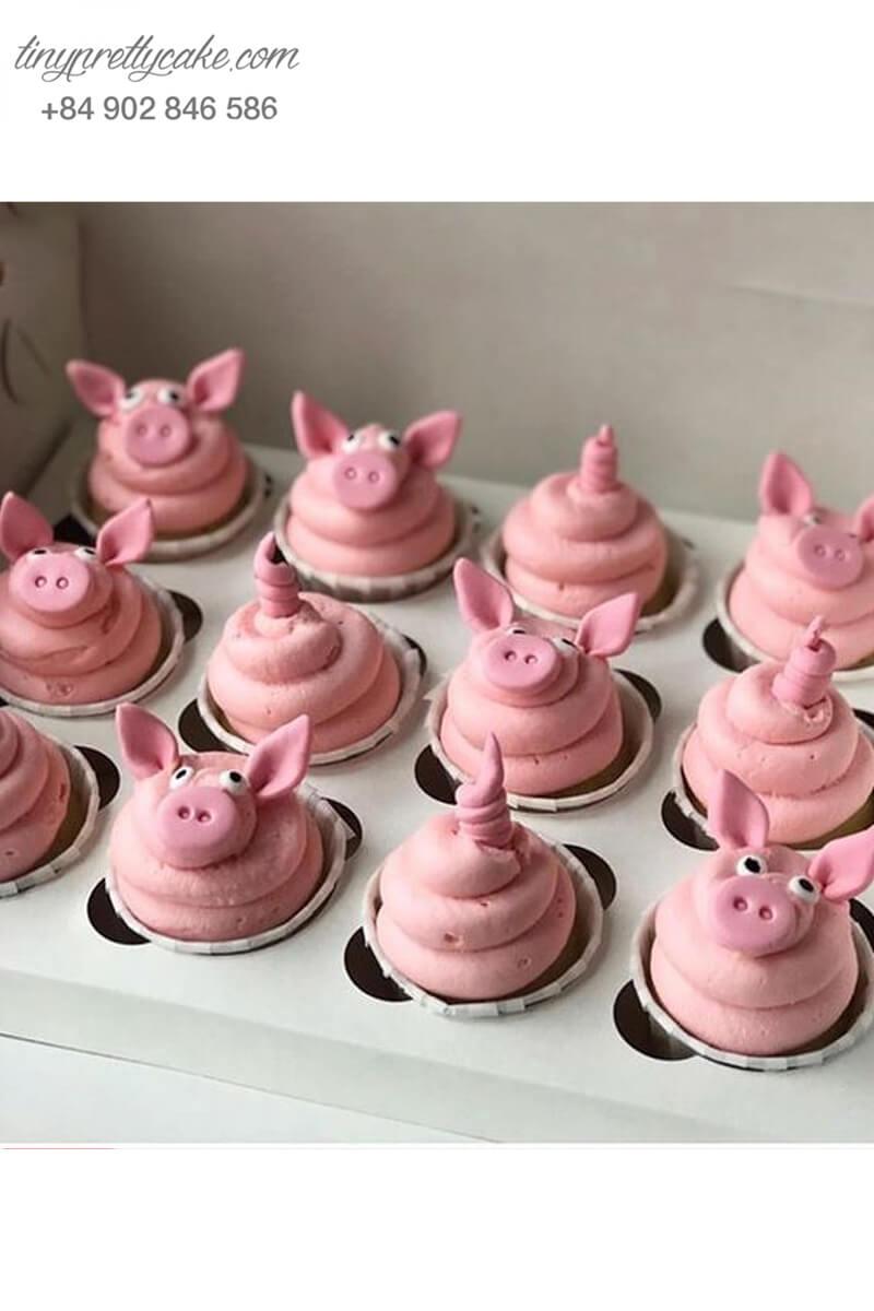 """Set 12 Cupcake hình chú heo hồng """"cưng muốn xỉu"""" mừng sinh nhật, đầy tháng các bé"""