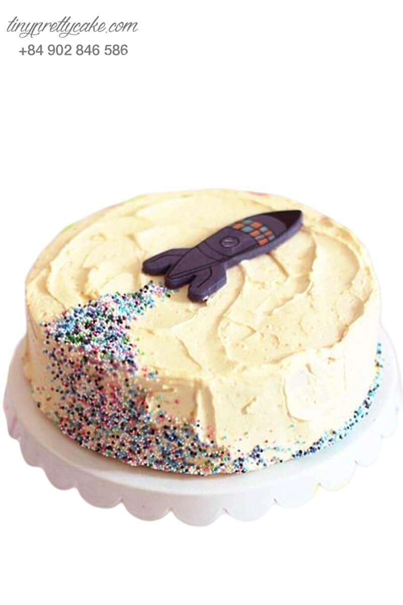 Bánh sinh nhật hình tên lửa