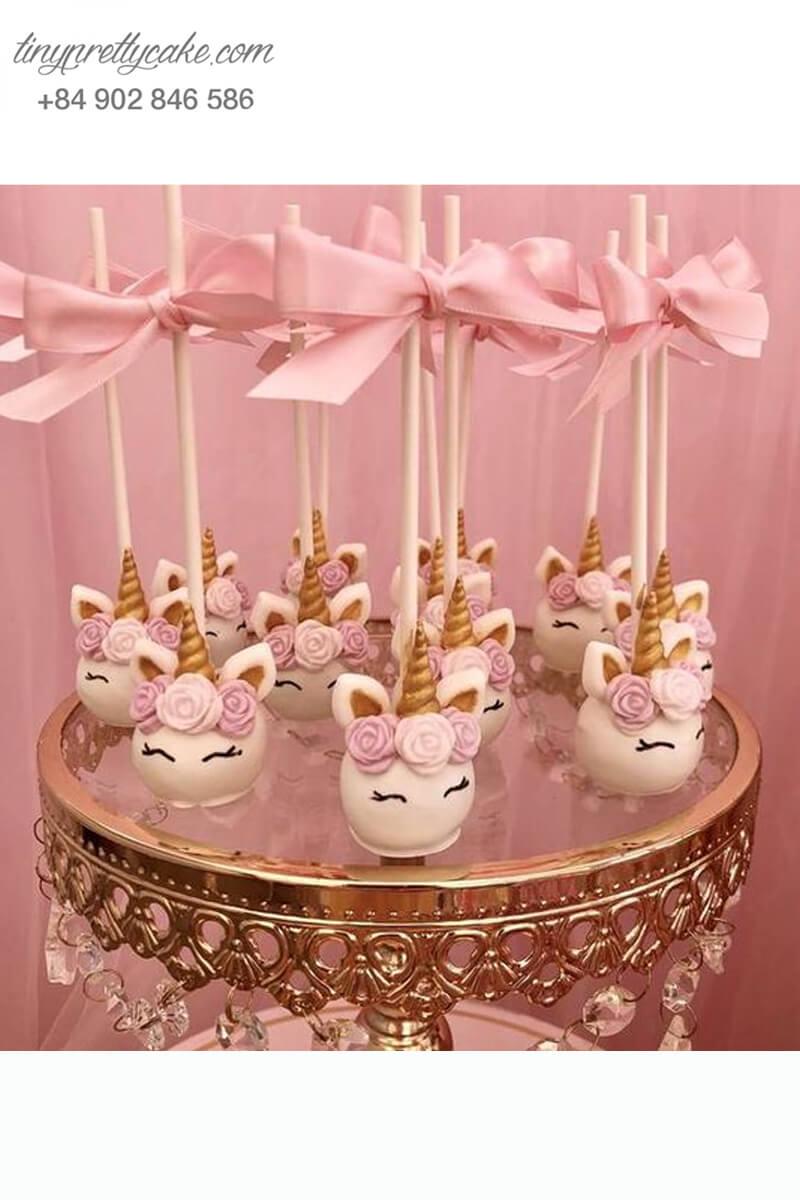 cake pop hình ngựa Unicorn