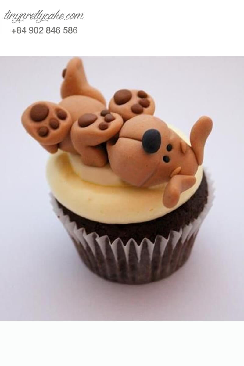 Bánh Cupcake sinh nhật chú chó nâu