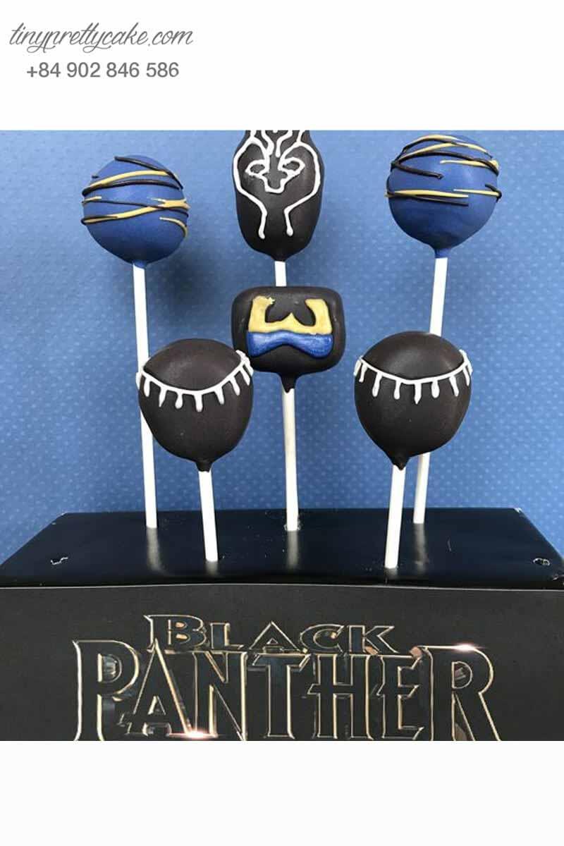 bánh cake pop chủ đề Black Panther