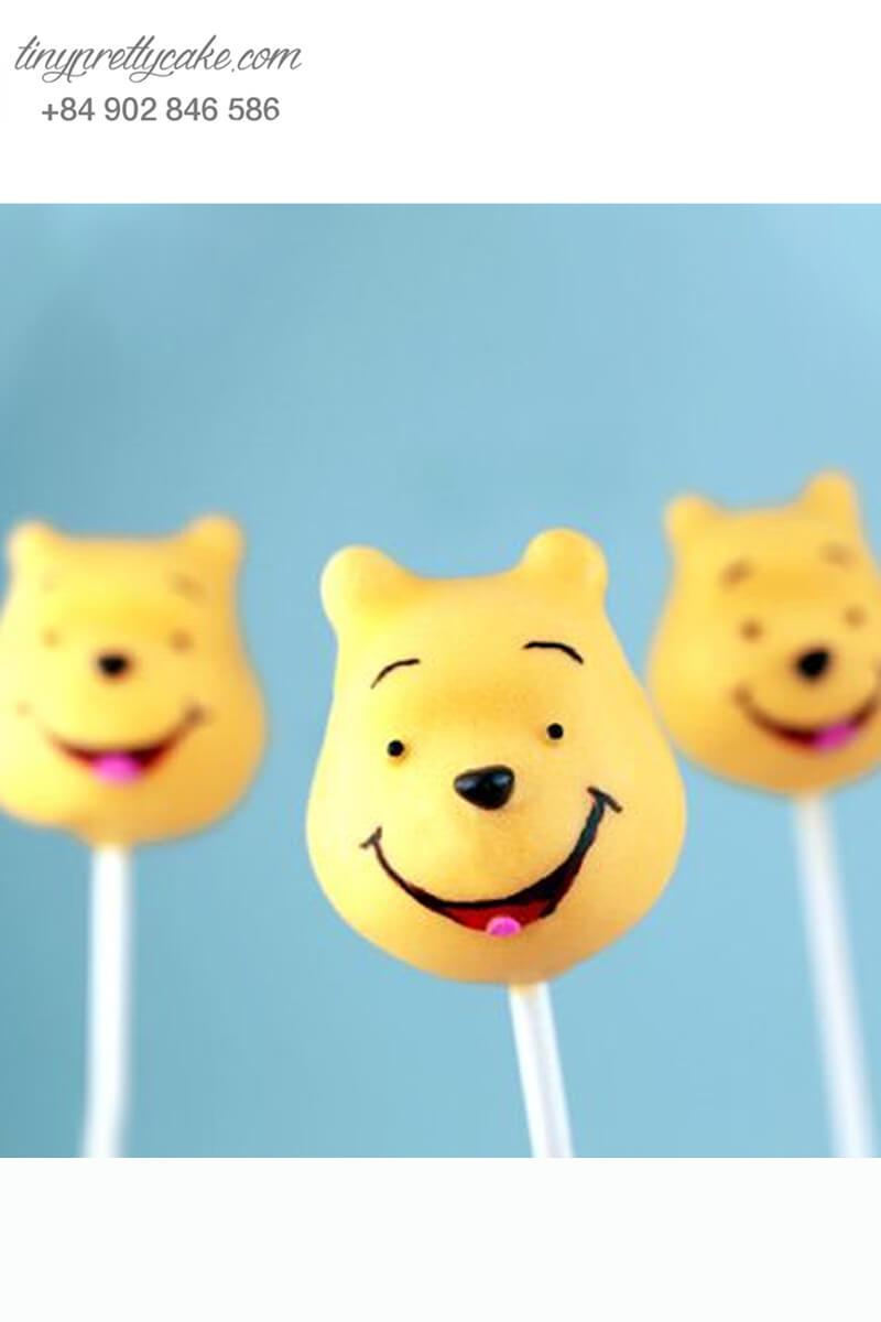 cake pop hình gấu Pooh dễ thương
