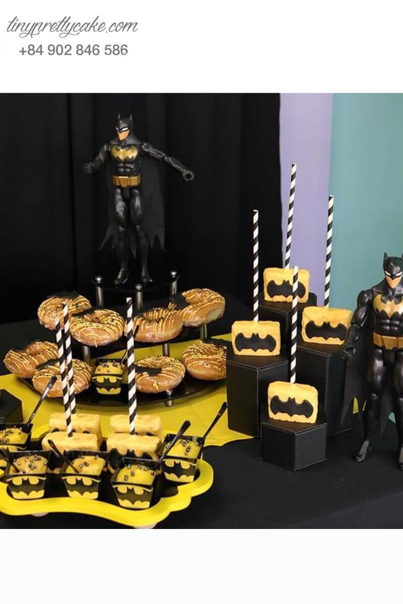 cake pop tạo hình Batman