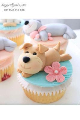 Bánh Cupcake chú chó nâu ngộ nghĩnh tặng sinh nhật, thôi nôi các bé