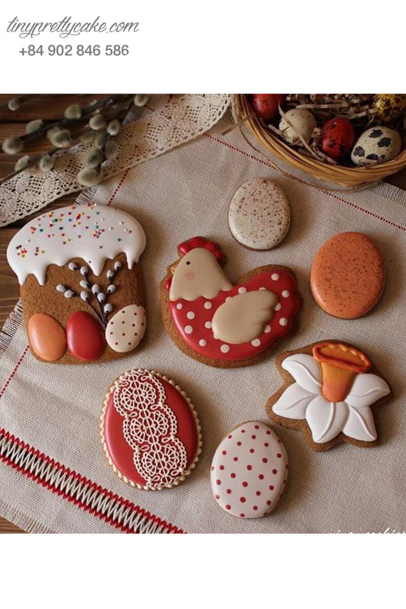 bánh quy vẽ hình gà màu đỏ