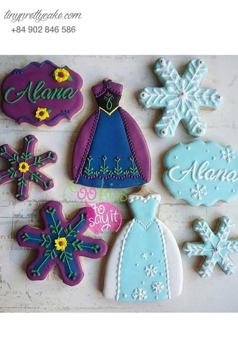 Bánh cookie trang phục Elsa và Anna
