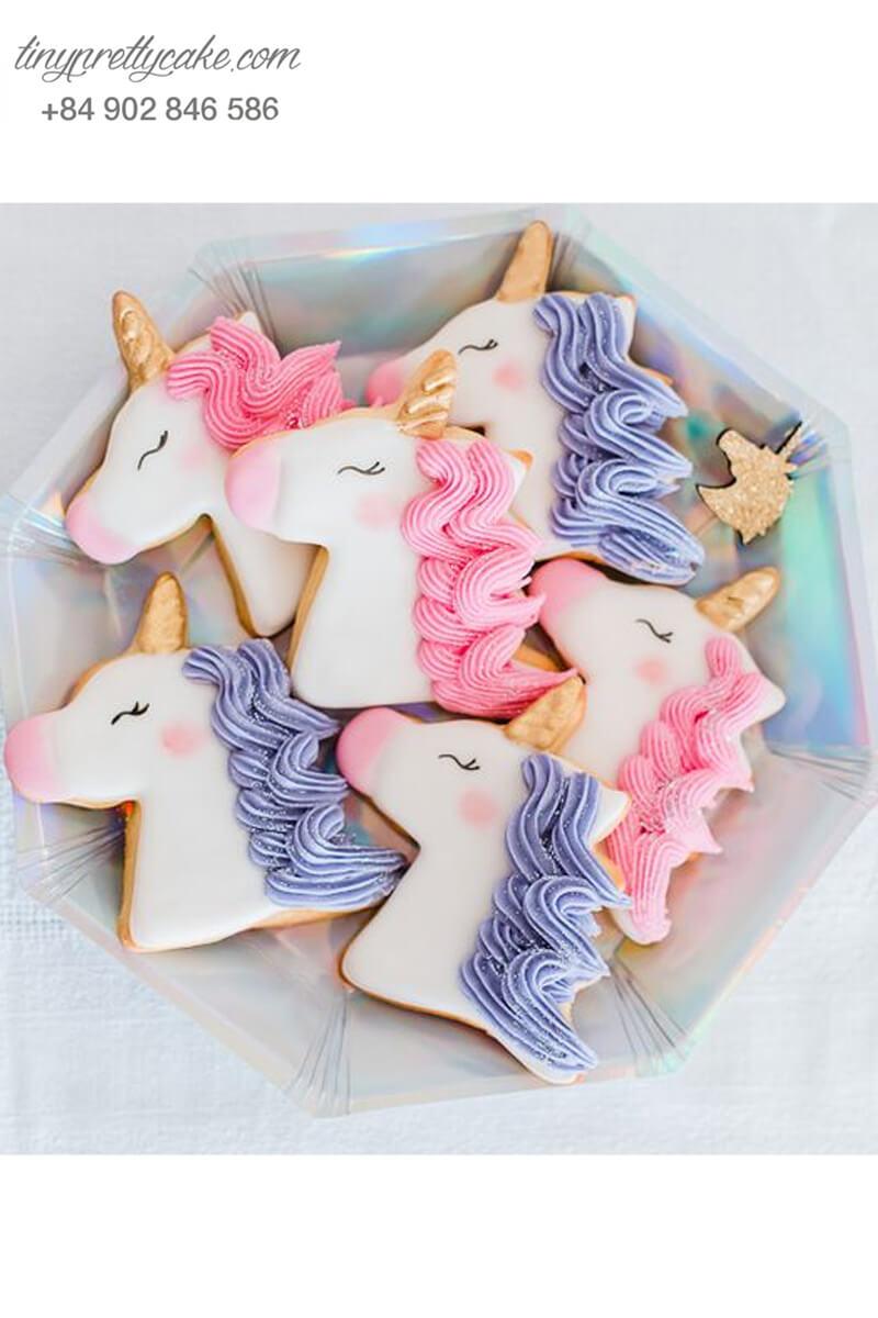 bánh quy sinh nhật chủ đề con ngựa