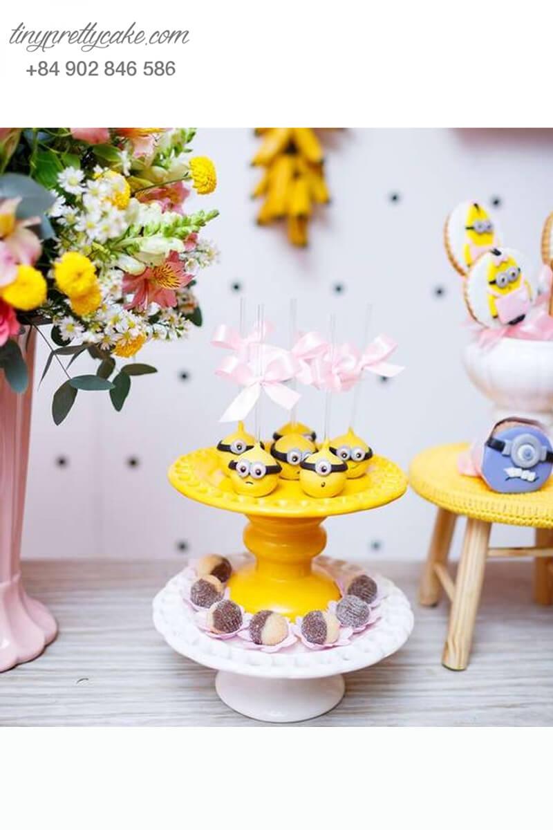 cake pop tạo hình Minion đáng yêu