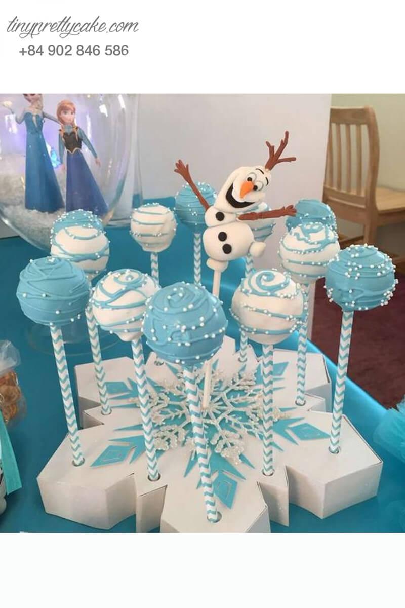 cake pop hình quả cầu tuyết
