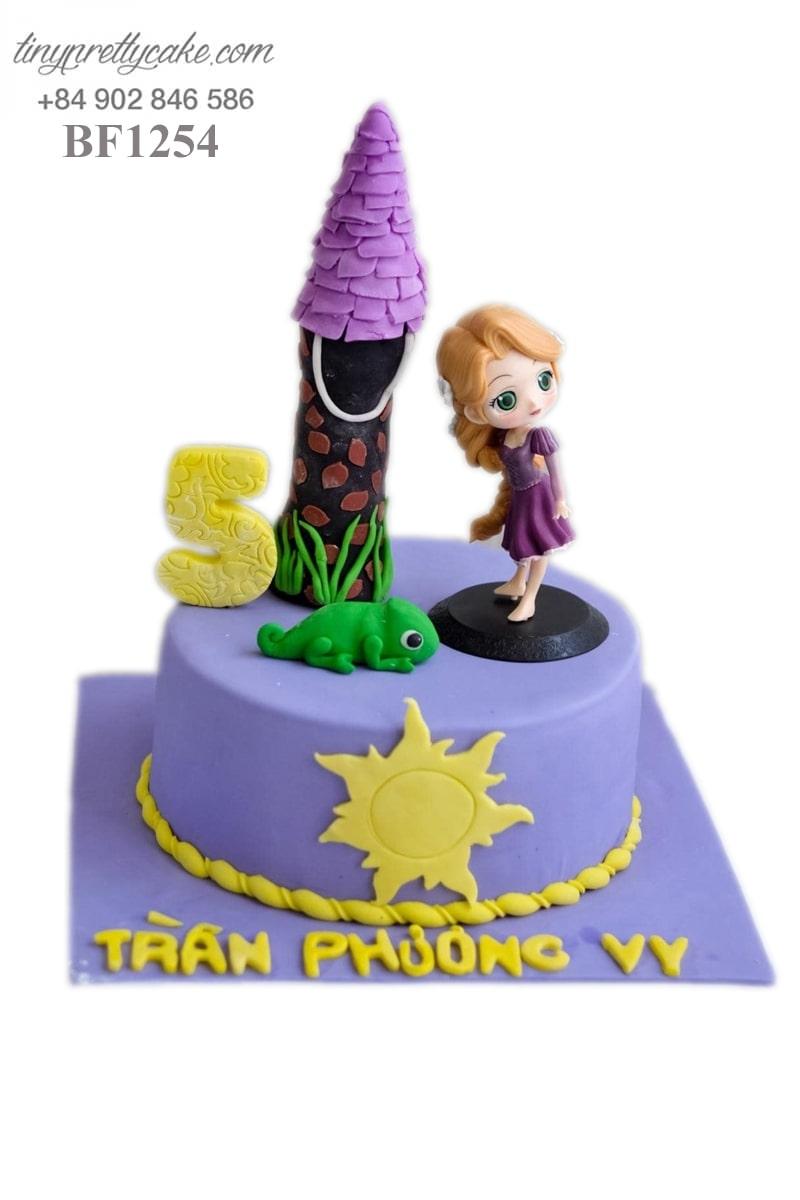 bánh sinh nhật công chúa tóc mây xinh