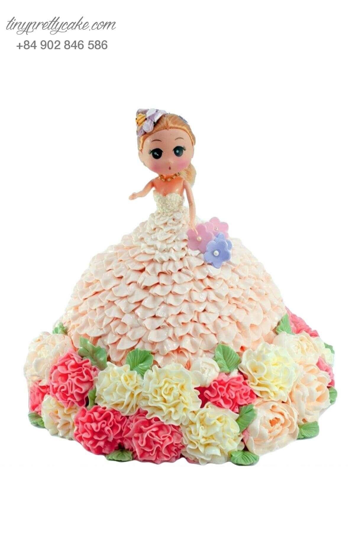 bánh gato sinh nhật công chúa mặc váy hoa