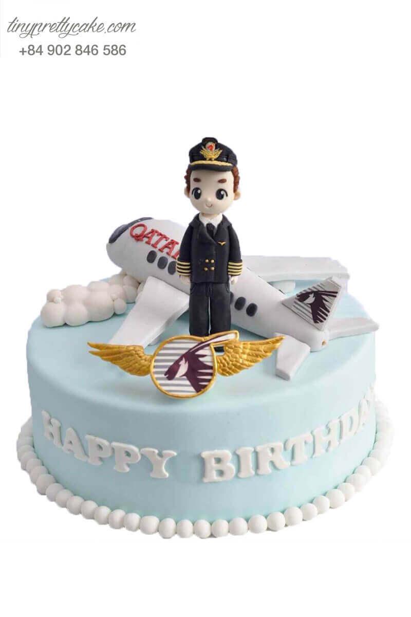 Bánh fondant máy bay và phi công