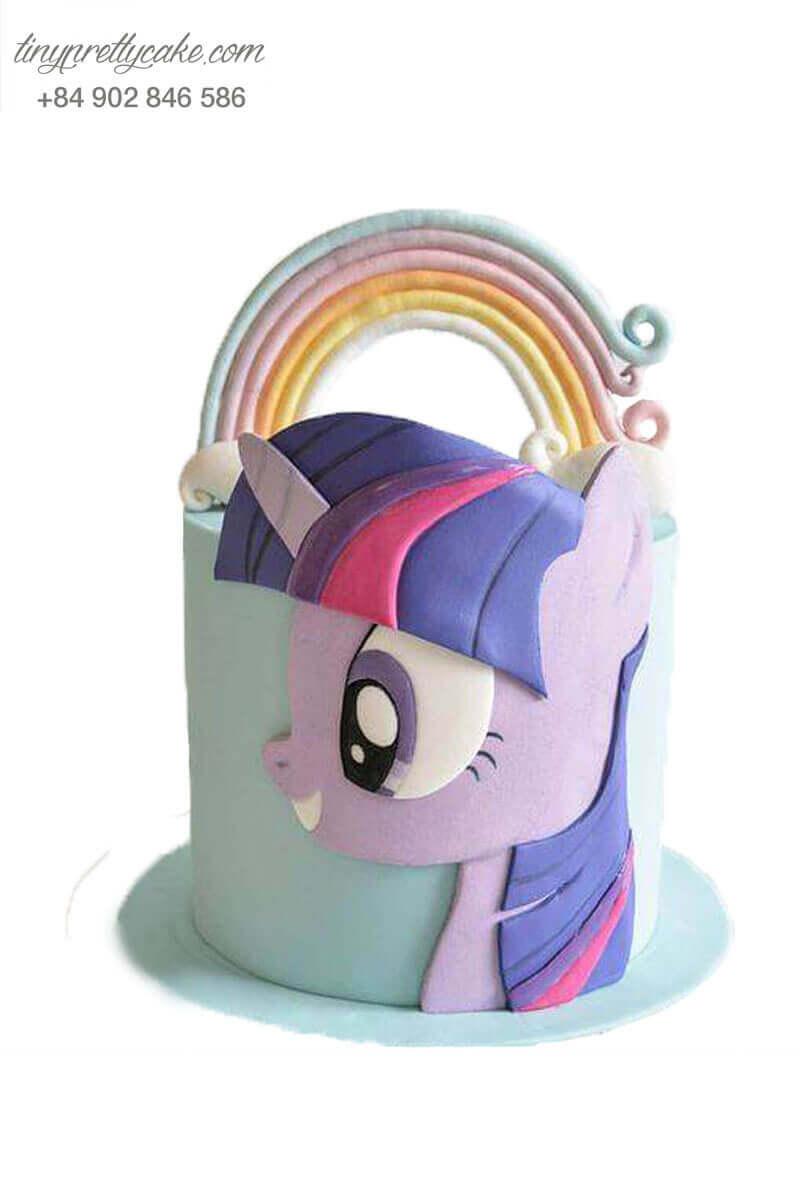 bánh fondant Unicorn màu xanh mint
