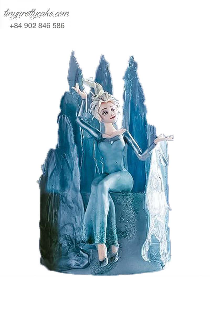 Bánh fondant Elsa băng giá
