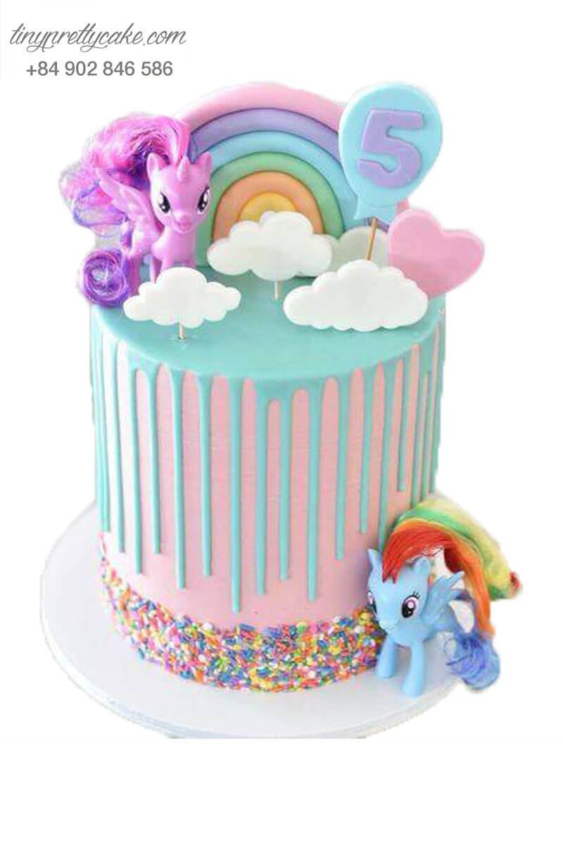 Bánh sinh nhật cầu vồng unicorn