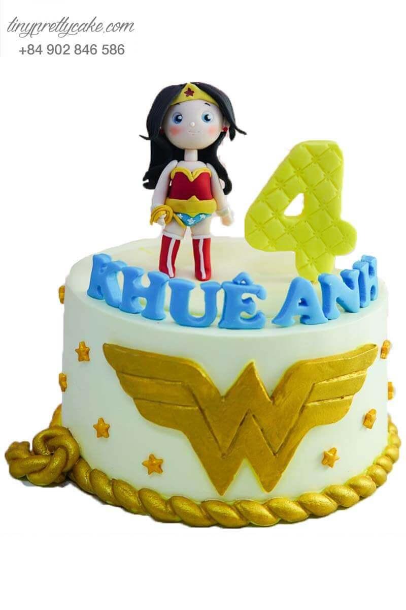 bánh kem nữ anh hùng