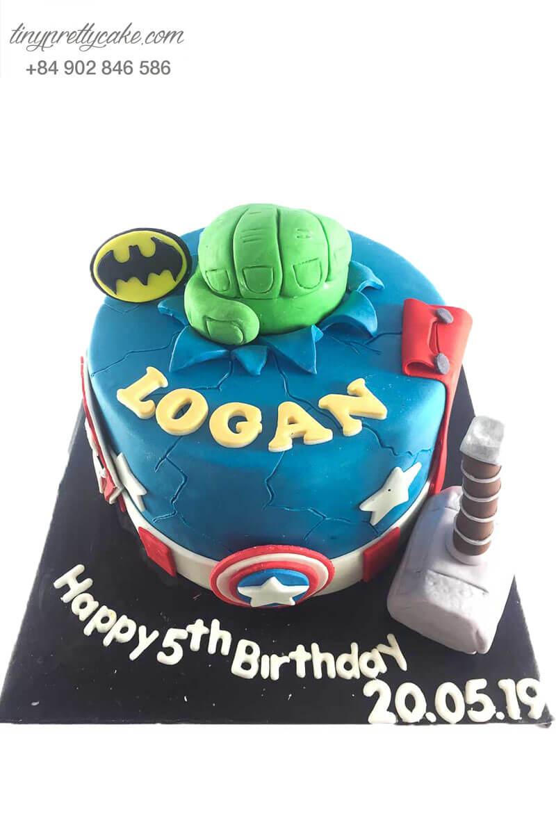 bánh sinh nhật Marvel
