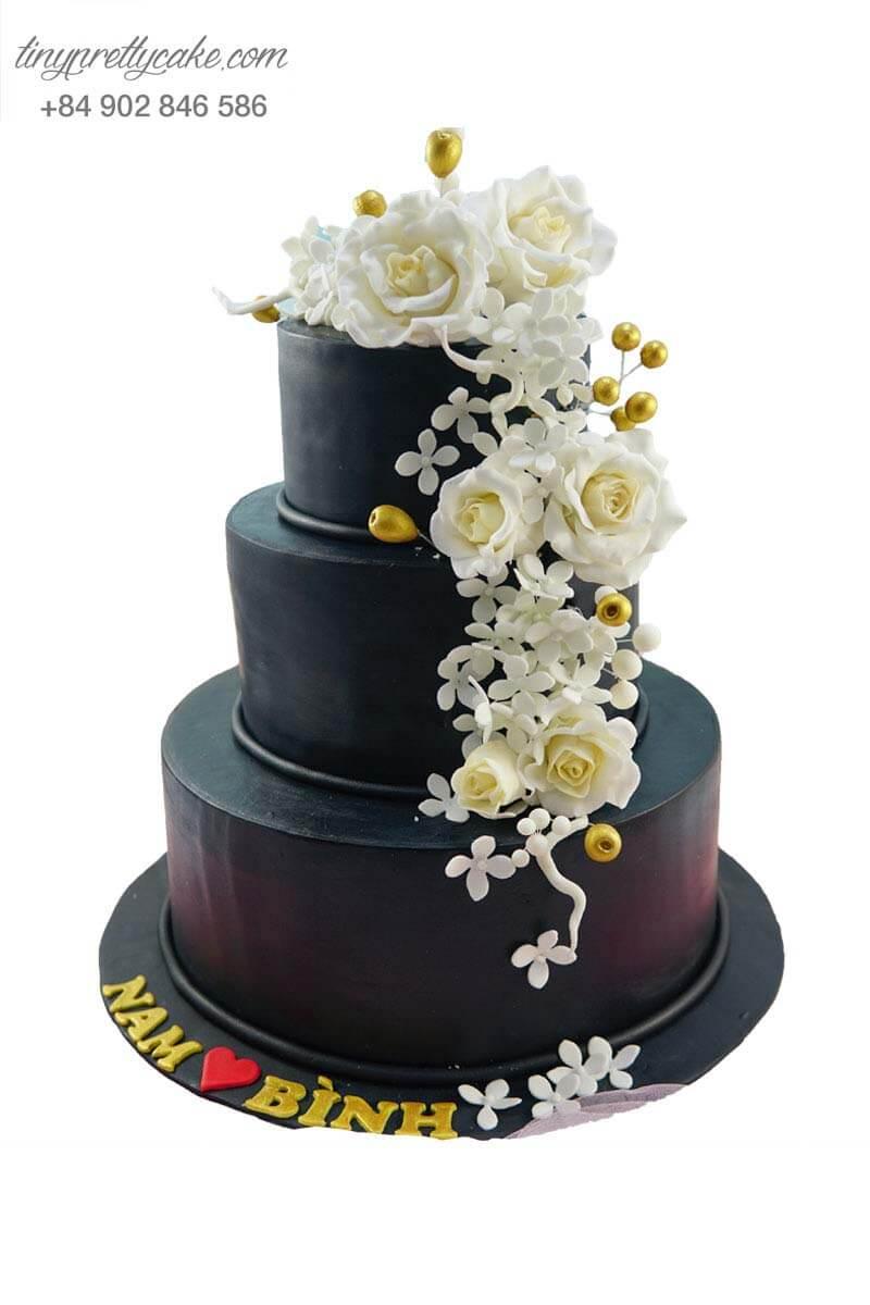 bánh cưới 3 tầng sang trọng