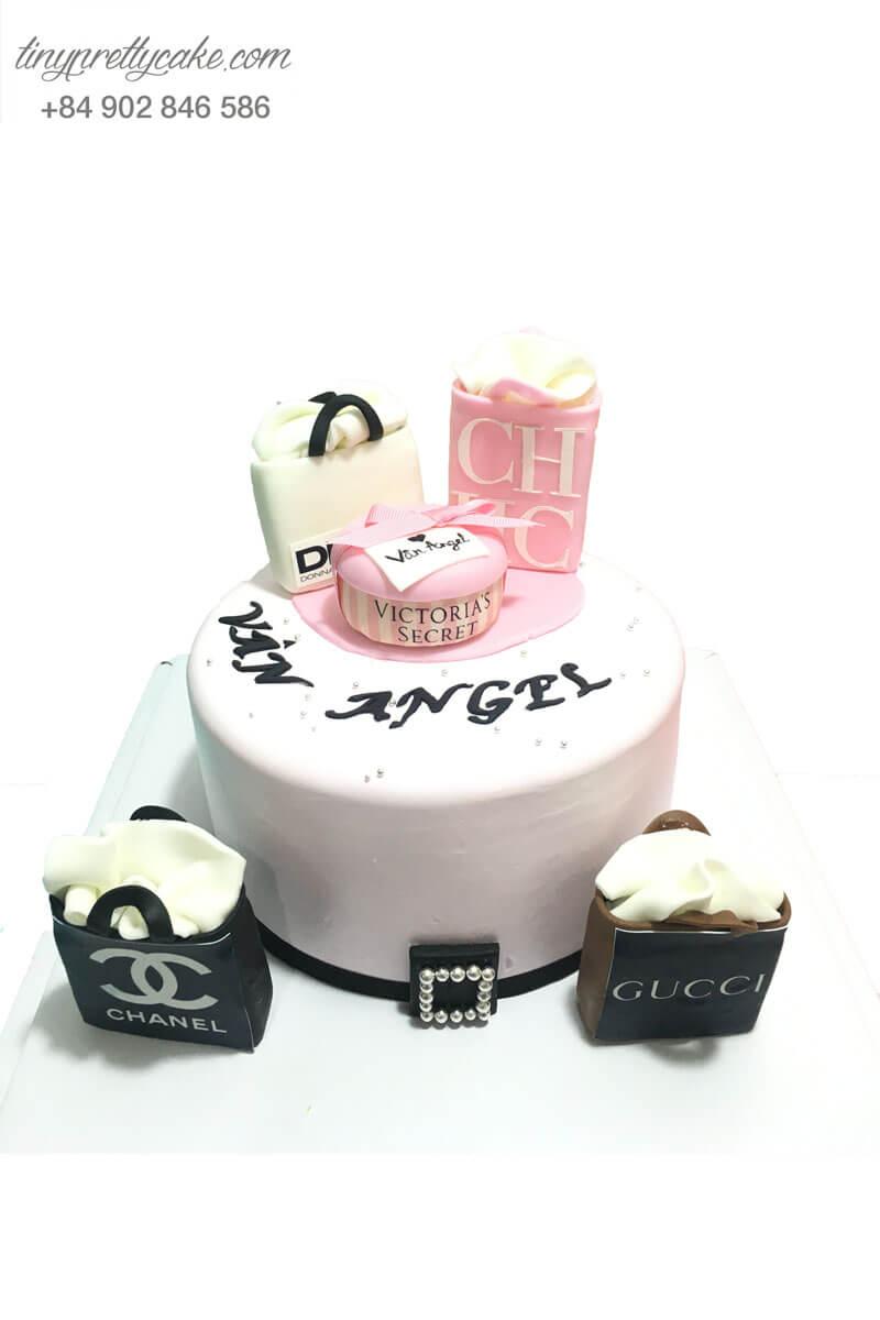 bánh sinh nhật cho bạn gái yêu thời trang