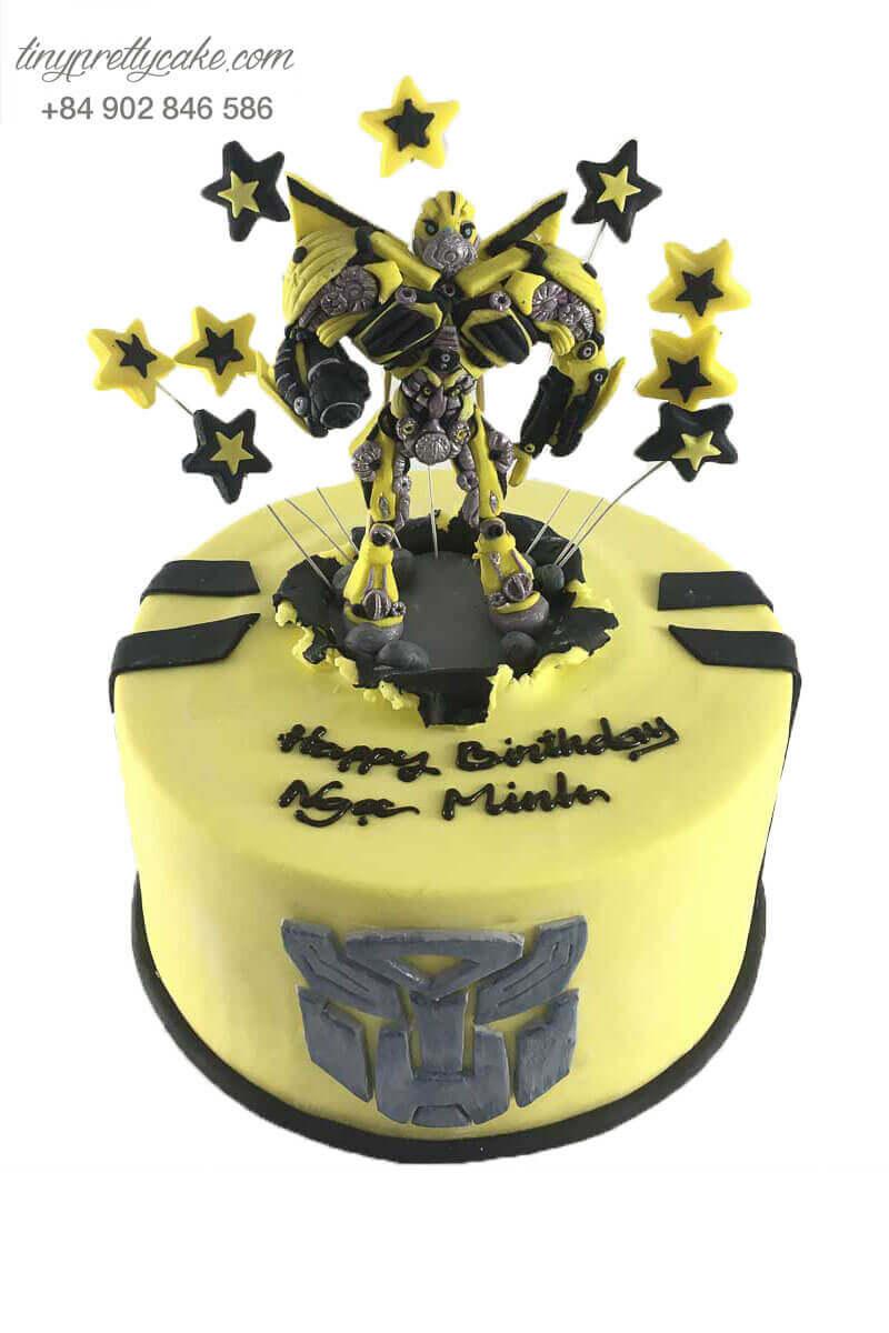 bánh sinh nhật hình Bumblebee