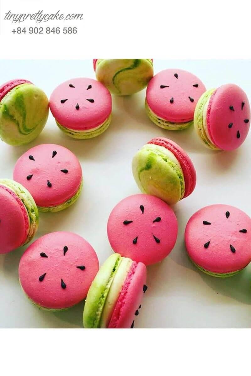 macaron tạo hình dưa hấu