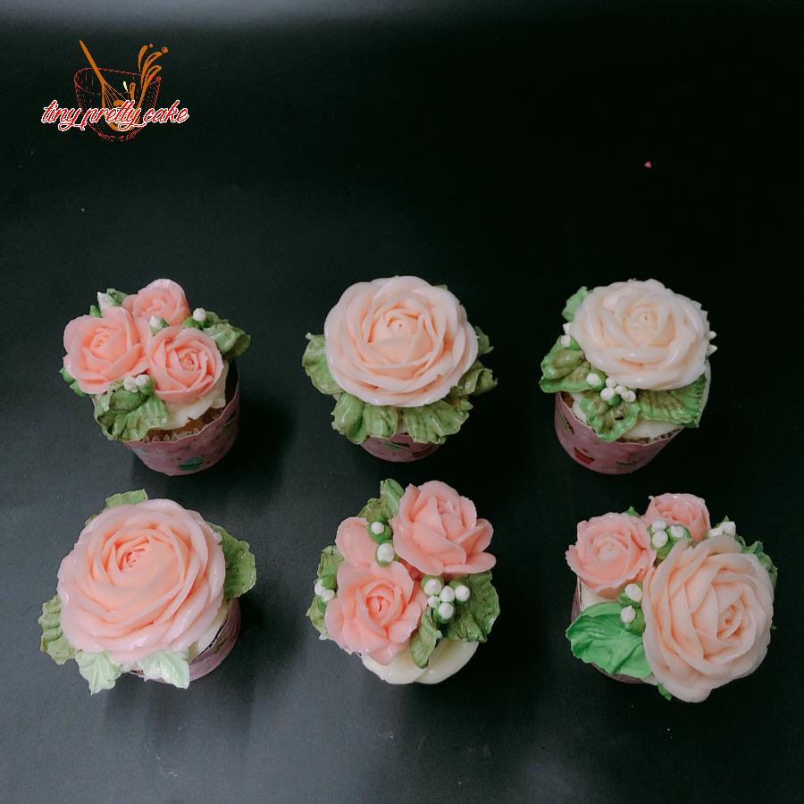 6 bánh cupcake hoa bơ đẹp size nhỏ