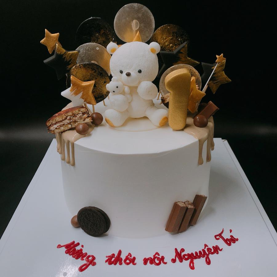 Bánh kem sữa chú gấu và ngôi sao