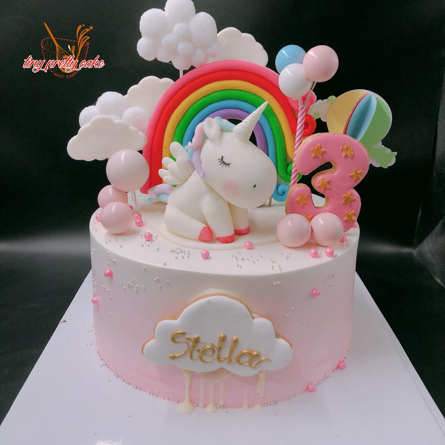 Bánh sinh nhật chủ đề unicorn cho bé gái kem sữa