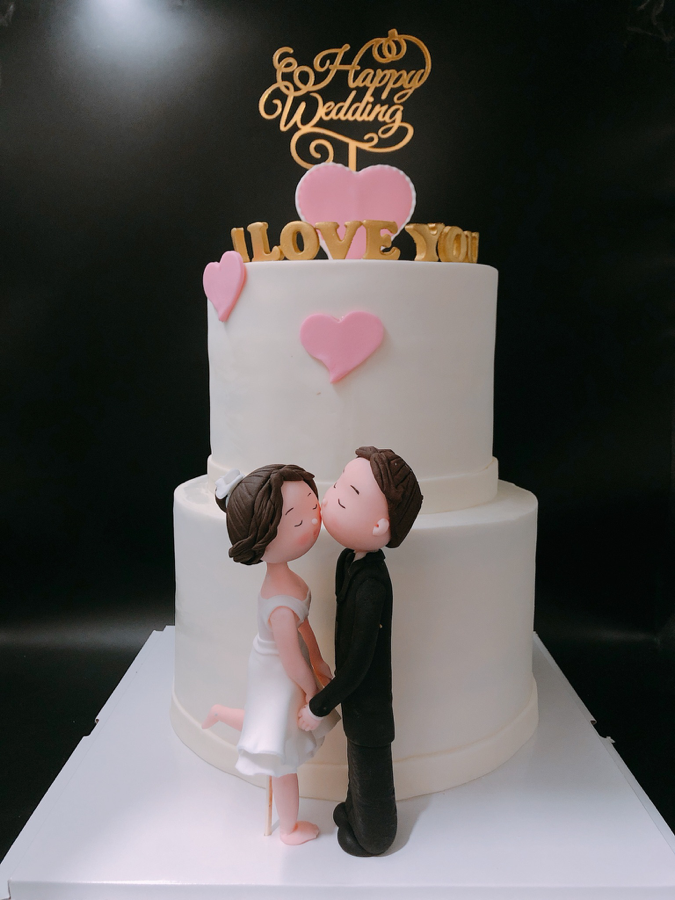 Bánh sinh nhật dành cho kỷ niệm ngày cưới dạng fondant