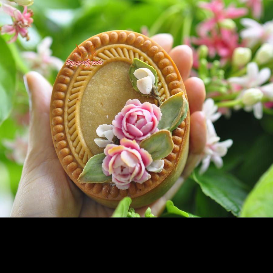 Floral Mooncake - Bánh trung thu sắc hoa 4