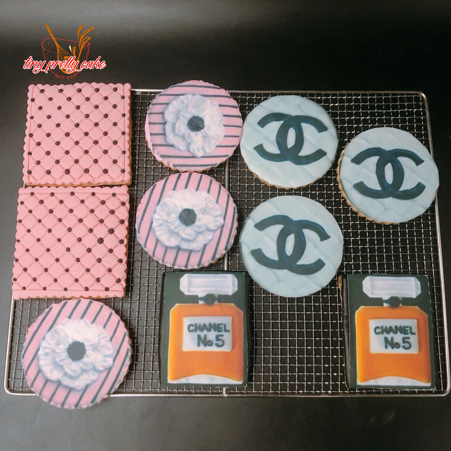 10 cookie in hình chanel 10cm