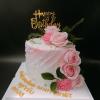 Bánh kem sữa hoa tươi cho vợ