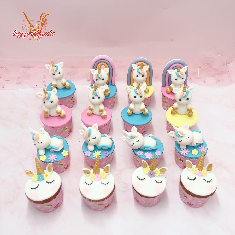 16 cupcake unicorn cho bé size nhỏ