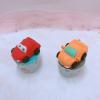 2 cupcake xe như mẫu