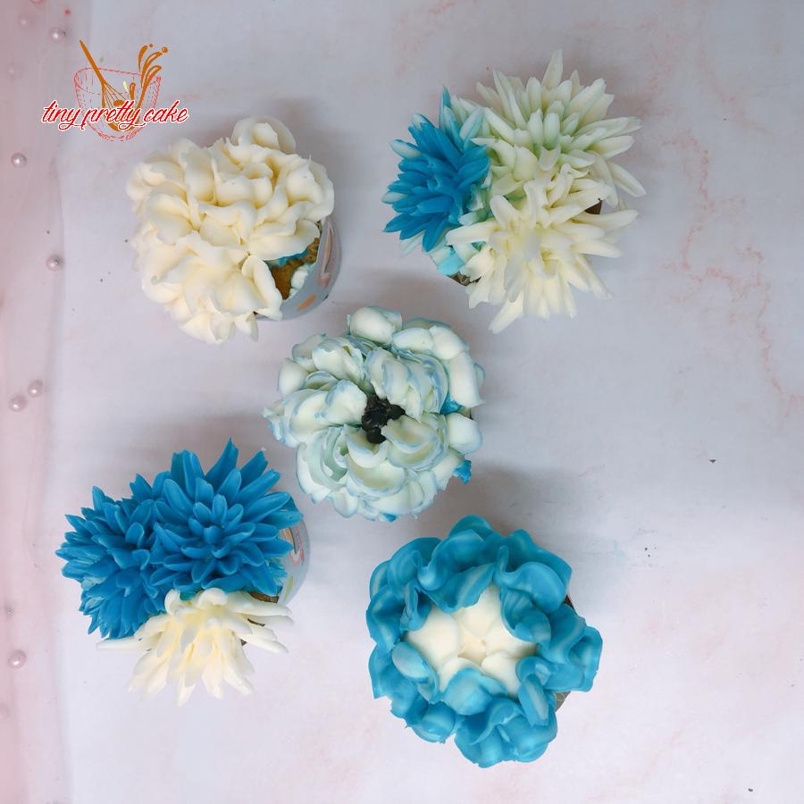 5 cupcake hoa cho nữ