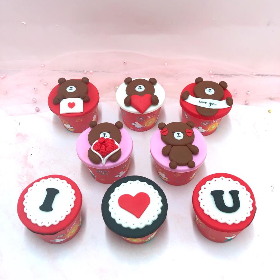 8 cupcake tình nhân