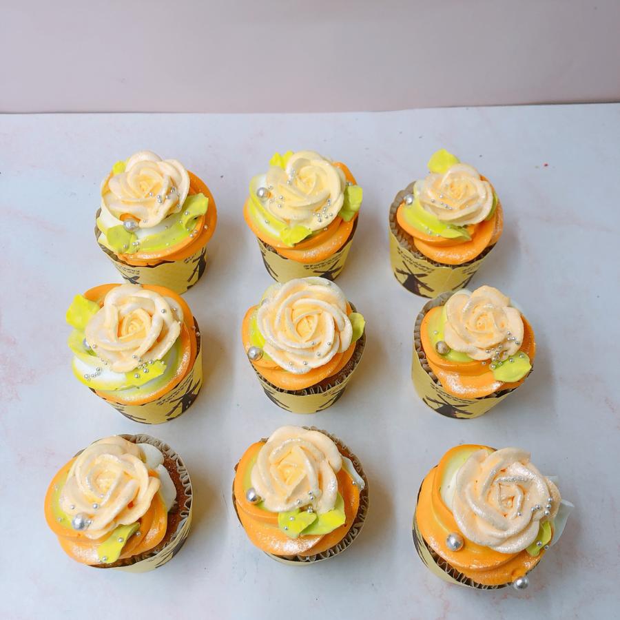 9 cupcake xoắn kem bắt hoa kem sữa tươi