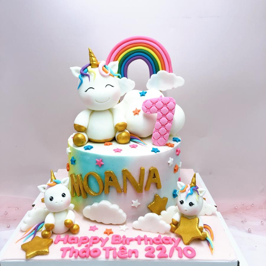 Bánh fondant unicorn cầu vồng cho bé gái