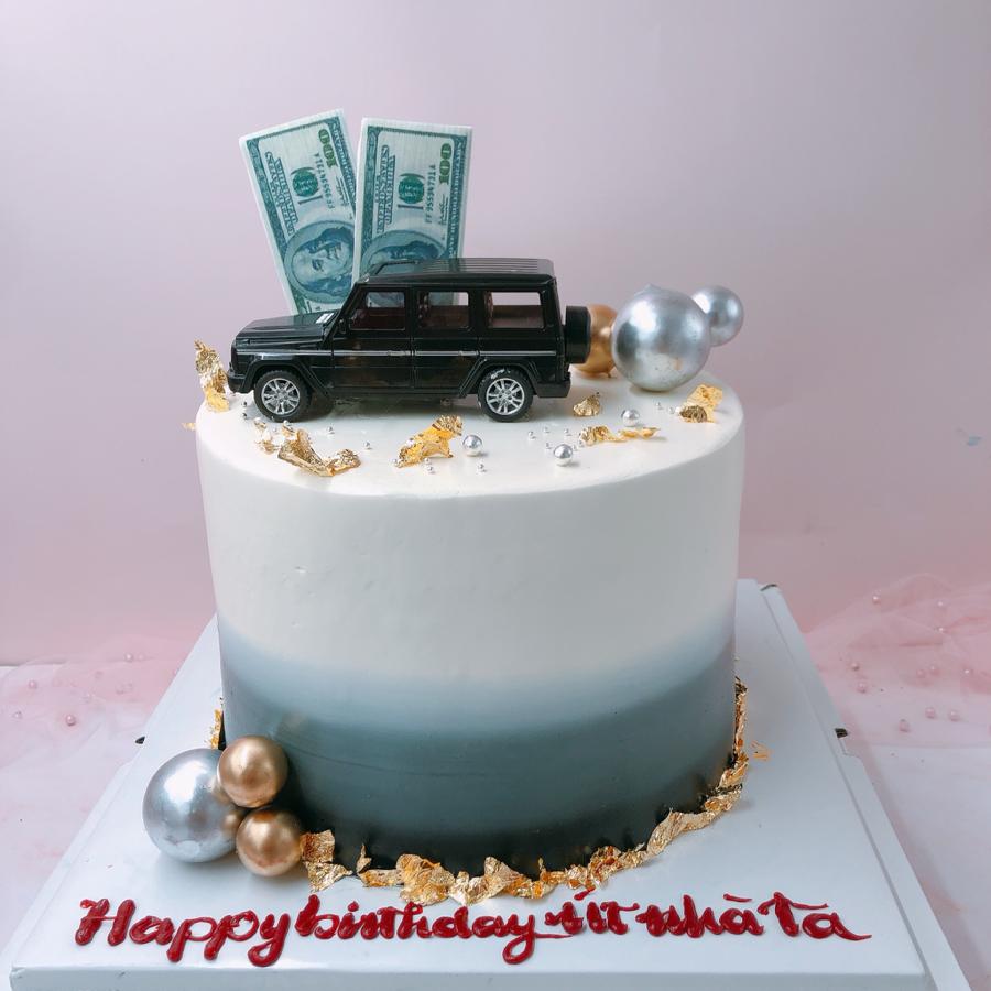 Bánh kem bơ chủ đề xe hơi cho bé trai
