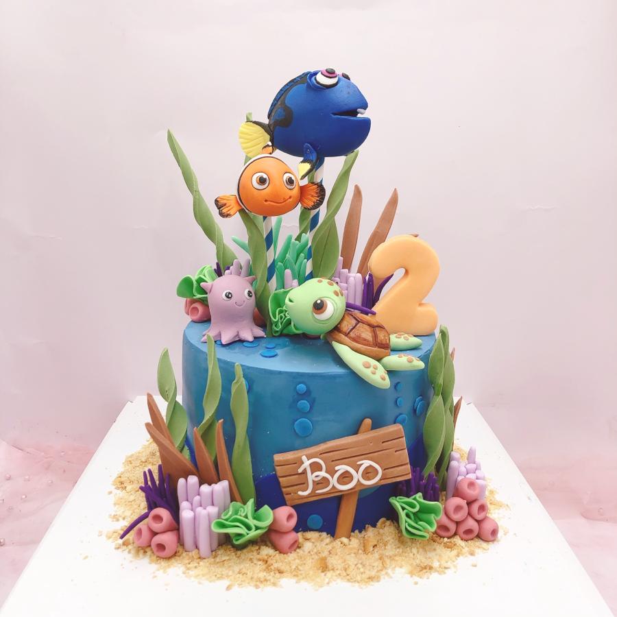Bánh fondant chủ đề biển cá Nemo và Dory