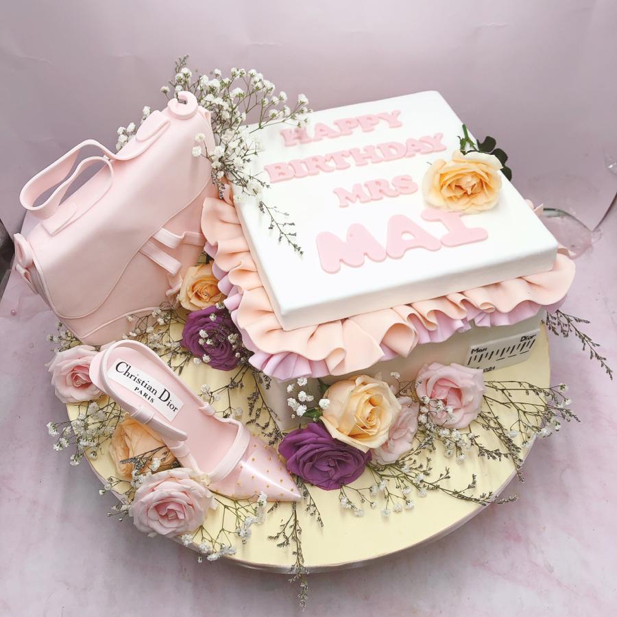 Bánh hộp quà chanel sang trọng cho phái nữ