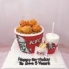 Bánh fondant chủ đề gà rán KFC